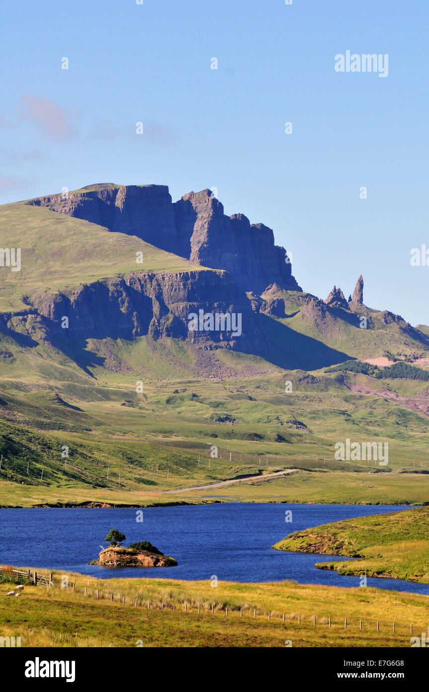Views across Loch Fada to The Storr with the Old Man of Storr pinnacle, Trotternish Peninsula, Ross, Skye and Lochaber - Stock Image