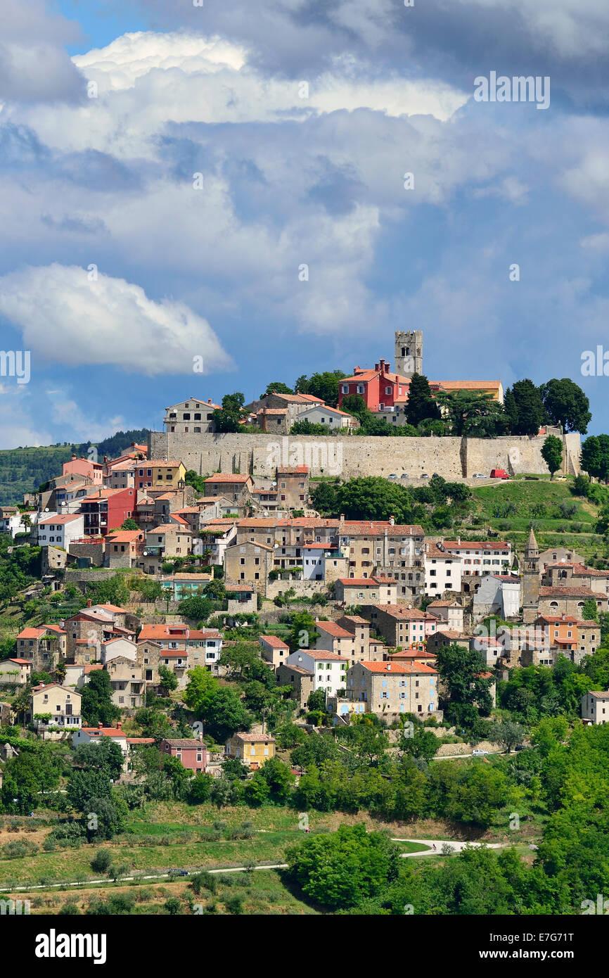 Atmospheric clouds over the town of Motovun, Montona, Mirna Valley, Istria, Croatia Stock Photo