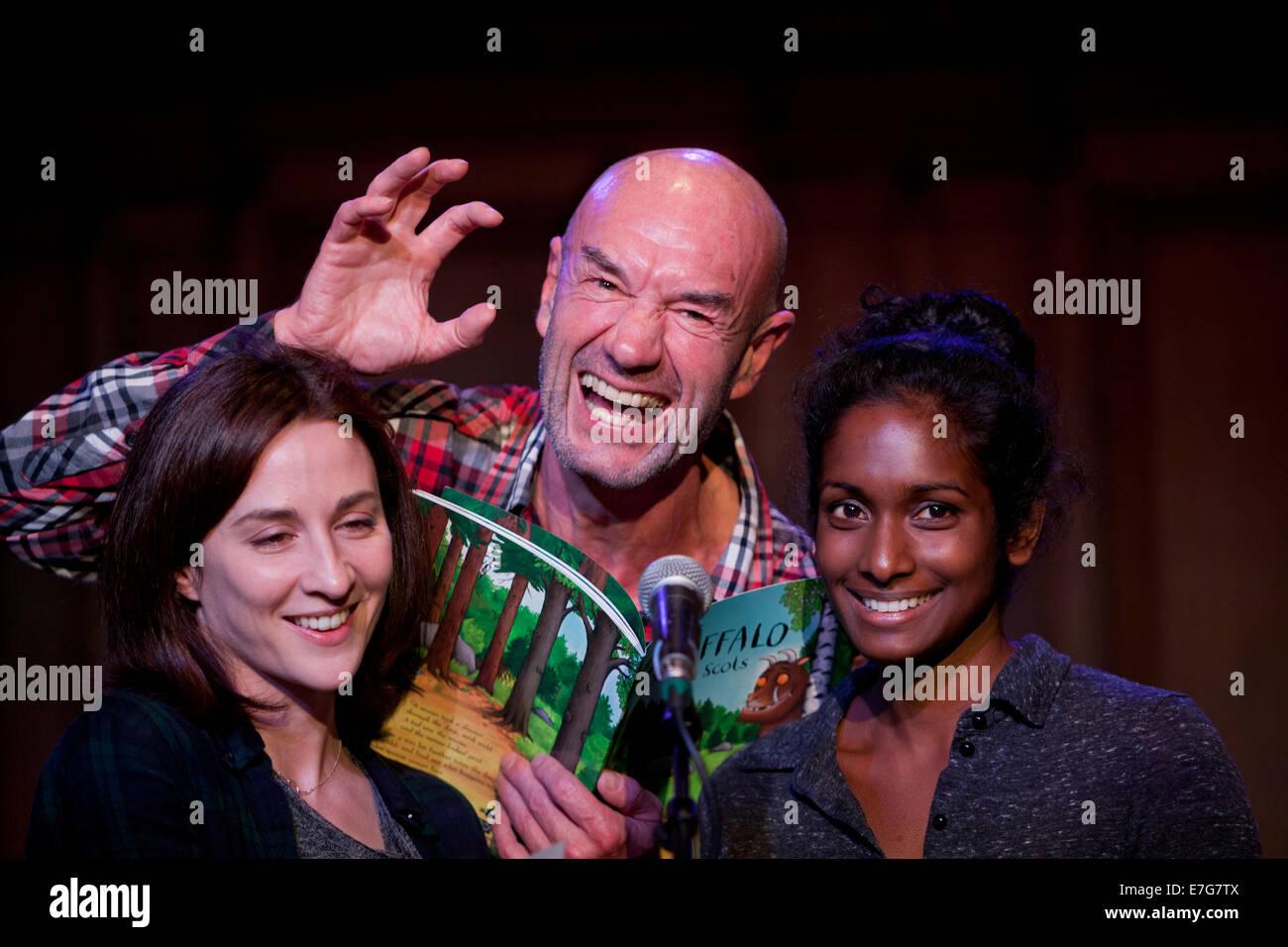 Edinburgh, Scotland, UK. 16th Sep, 2014. Actors, Tam Dean Burn (centre), Morven Christie (BBC2 Twenty Twelve) (left) - Stock Image