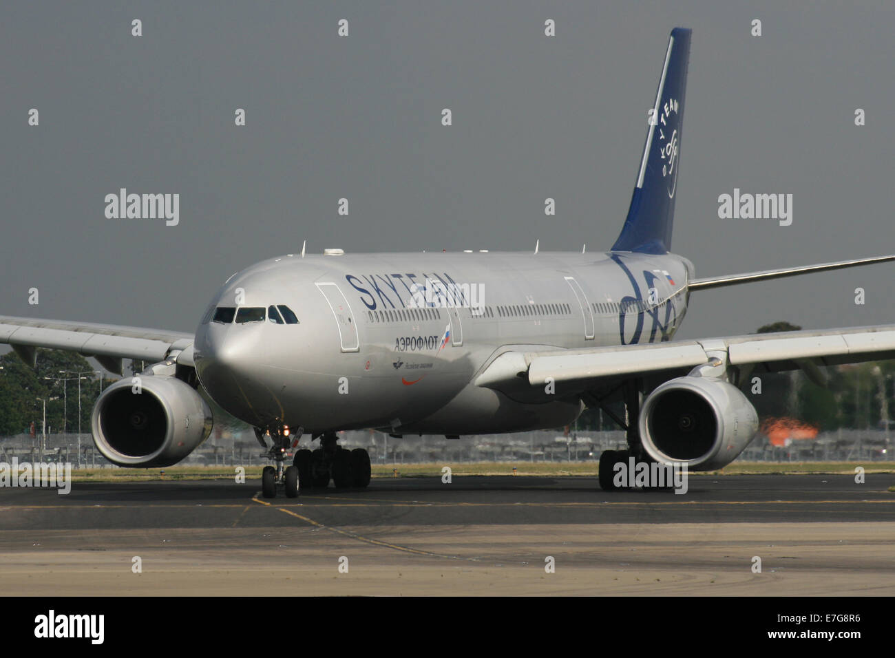 AEROFLOT AIRBUS A330 IN SKYTEAM ALLIANCE LIVERY - Stock Image