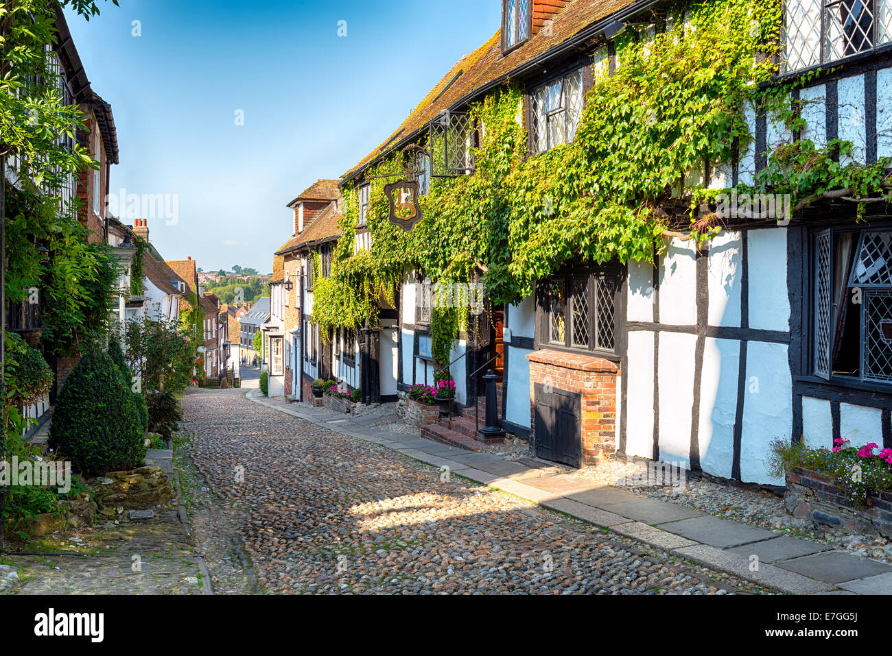 A beautiful cobbled street in the historic town of Rye in East Sussex - Stock Image