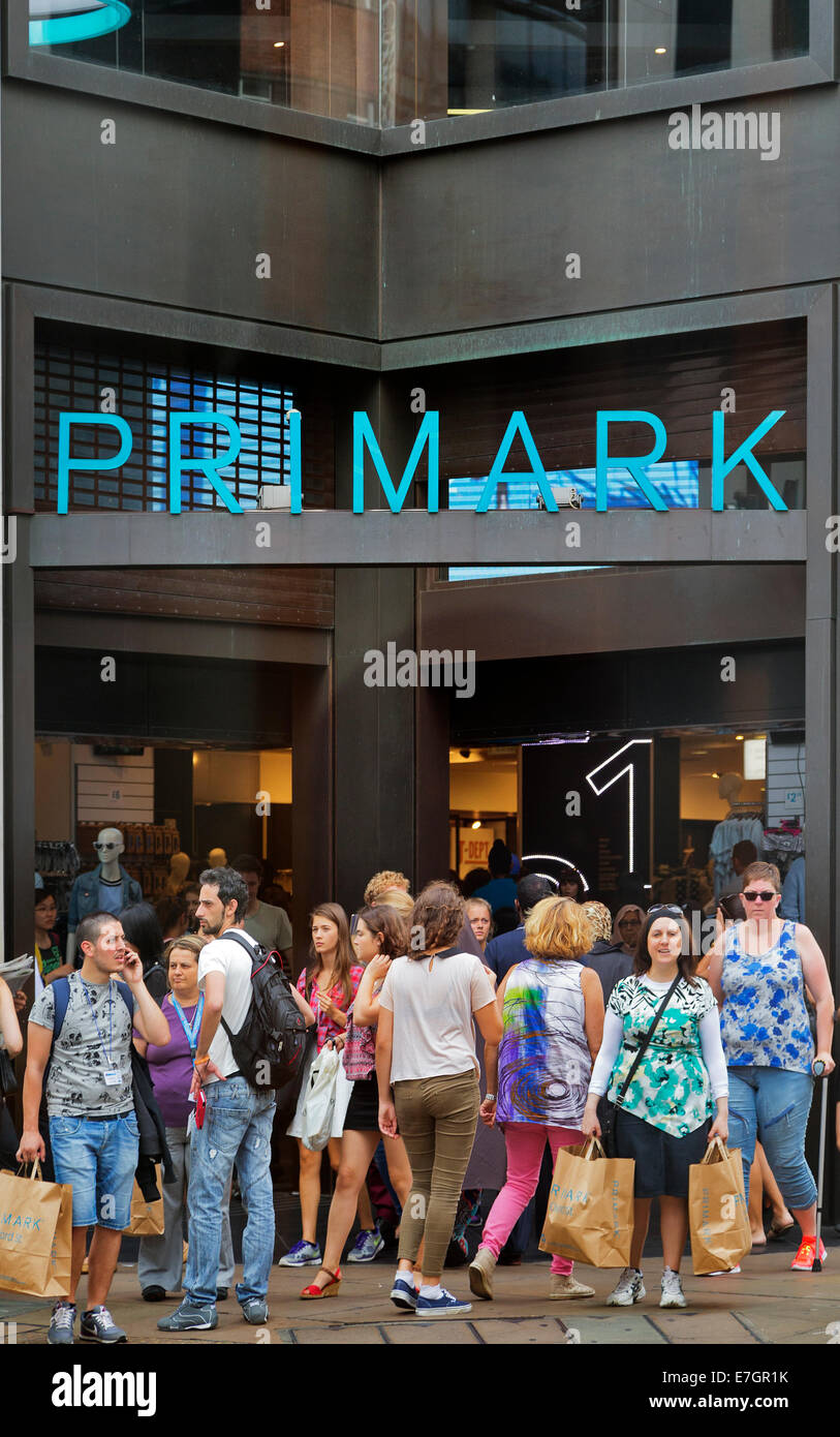 Primark shoppers, Oxford  Street, London, England, UK - Stock Image