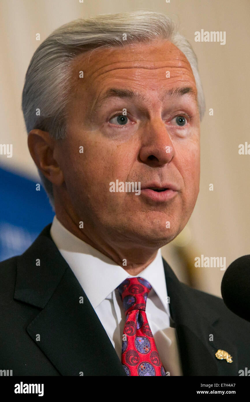 Washington DC, USA. 17th Sep, 2014. Wells Fargo & Company Chairman, President and CEO John Stumpf delivers remarks Stock Photo