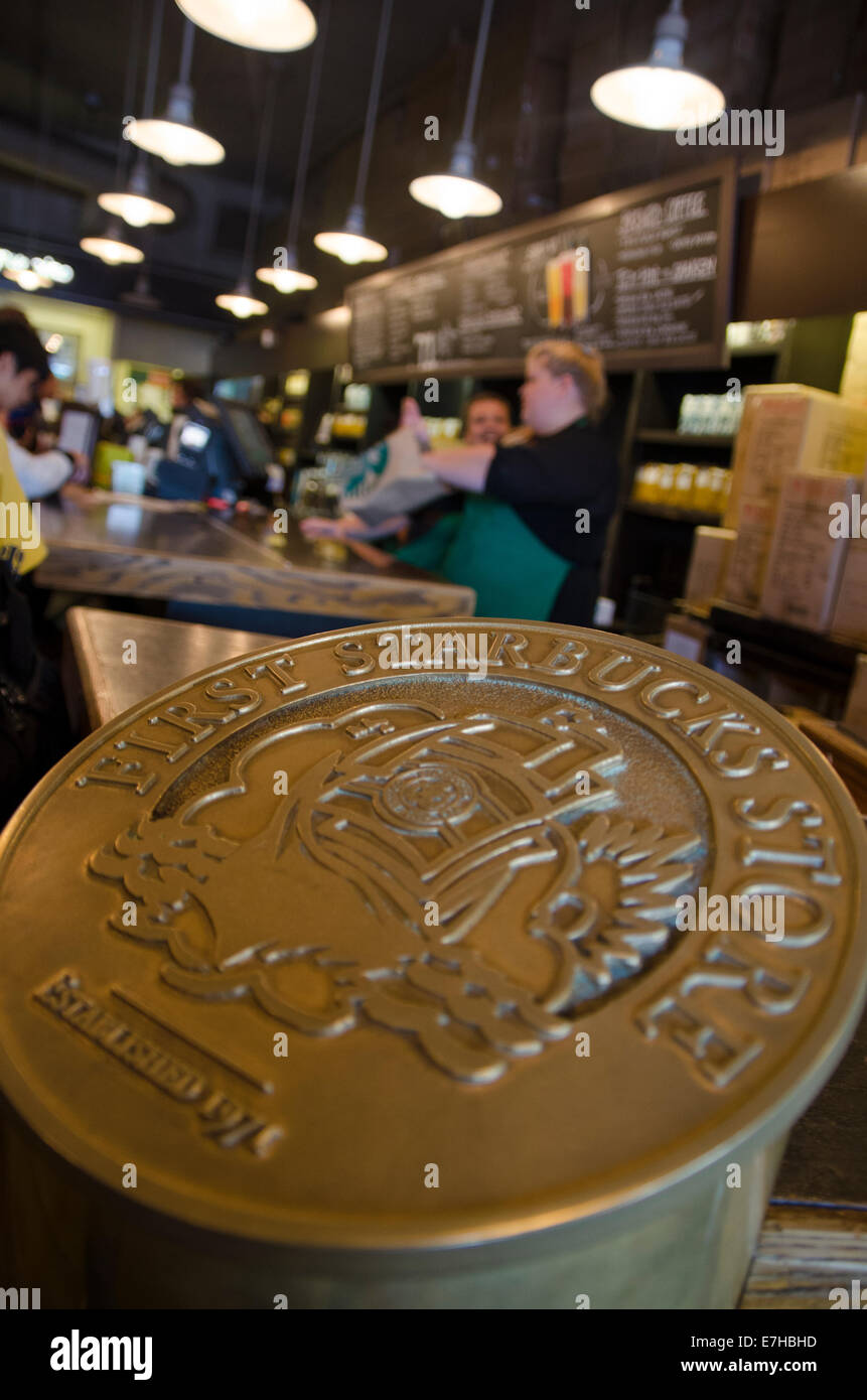 First ever Starbucks, Pike Place market, Seattle - Stock Image