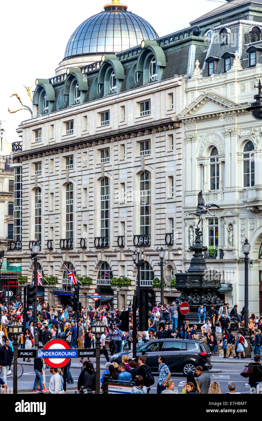 Piccadilly Circus, London, England - Stock Image