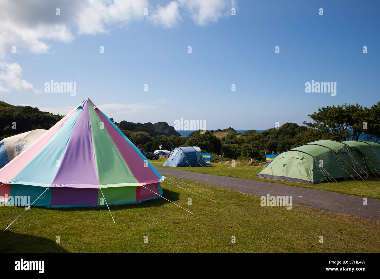 Bell tent on a glamping and camping site - Stock Image