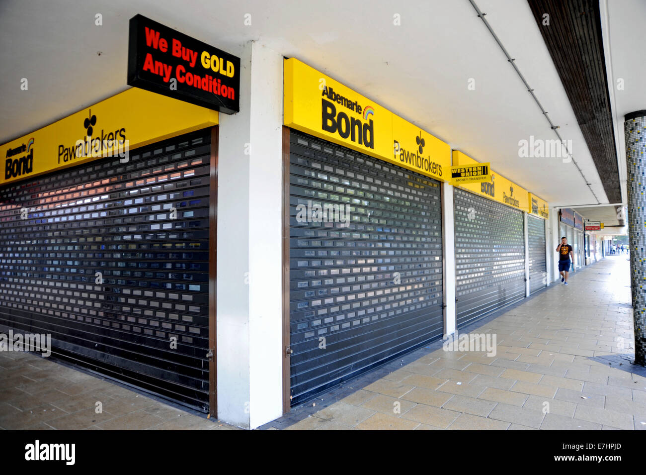 Crawley West Sussex UK - Albermarle Bond Pawnbrokers shop closed down and empty - Stock Image