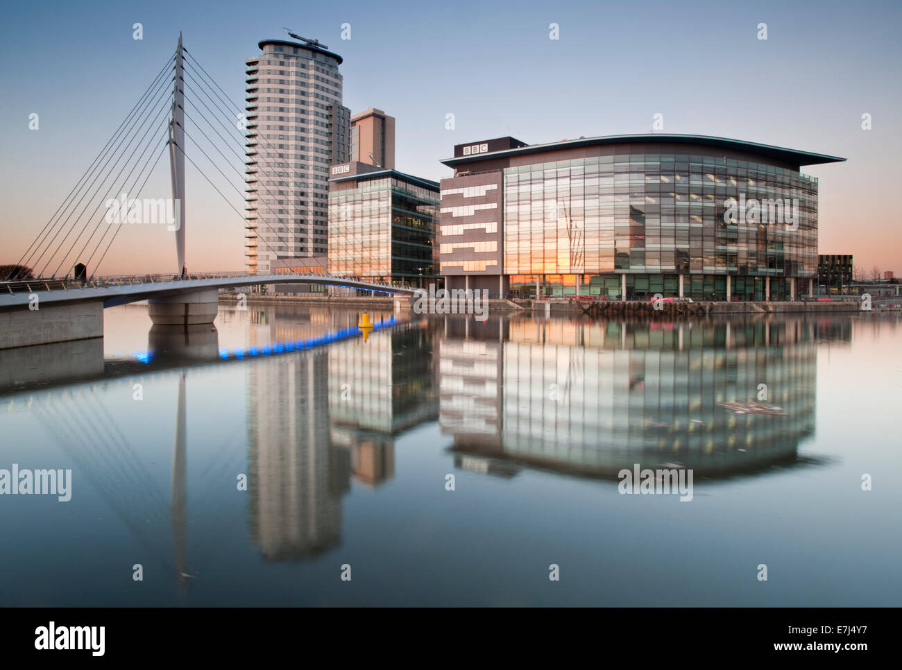 The BBC Studios and Footbridge at MediaCityUK, Salford Quays, Greater Manchester, England, UK - Stock Image