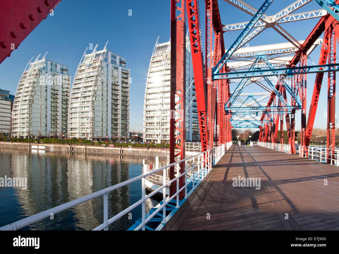 NV Apartments & The Detroit Swing Bridge, Huron Basin, Salford Quays, Greater Manchester, England, UK - Stock Image