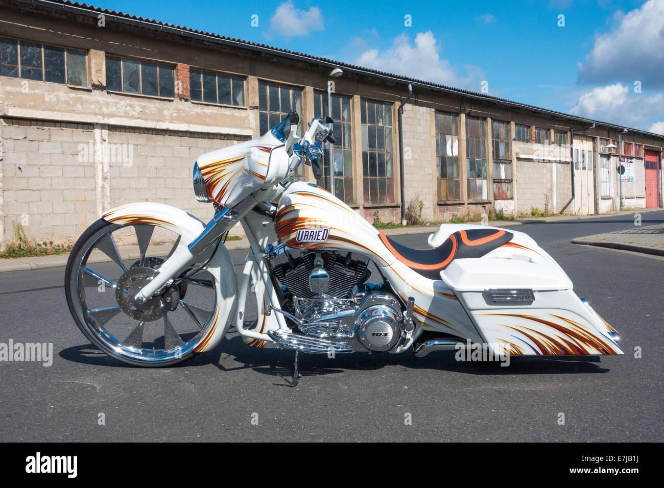 custom motorcycle harley davidson bagger show bike. Black Bedroom Furniture Sets. Home Design Ideas