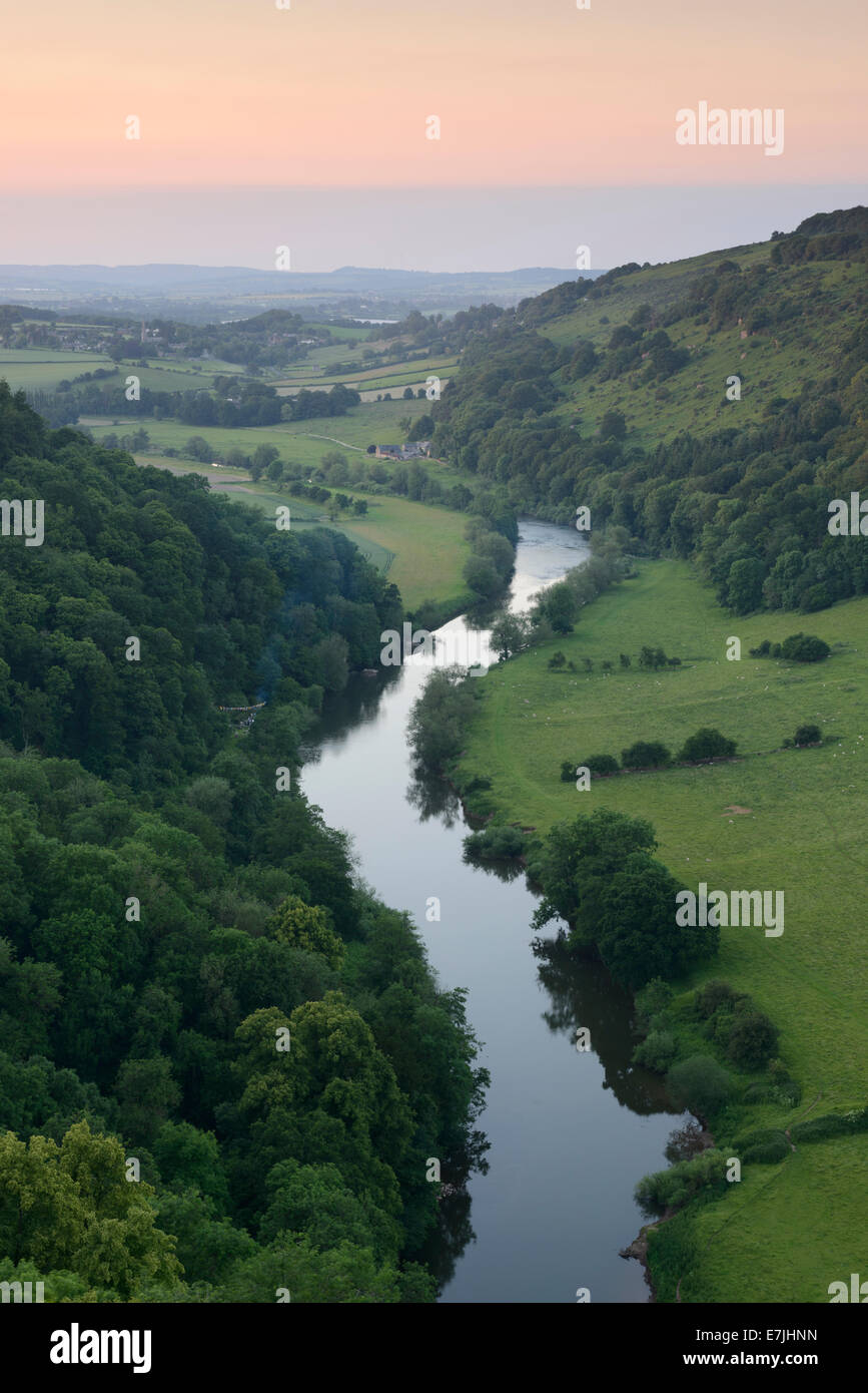 View along the River Wye from Symond's Yat Rock, Gloucestershire. - Stock Image