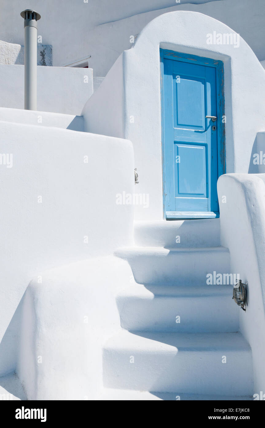 Weathered Blue Door & Whitewashed Steps, Village of Oia, Santorini, Greek Islands, Greece, Europe - Stock Image