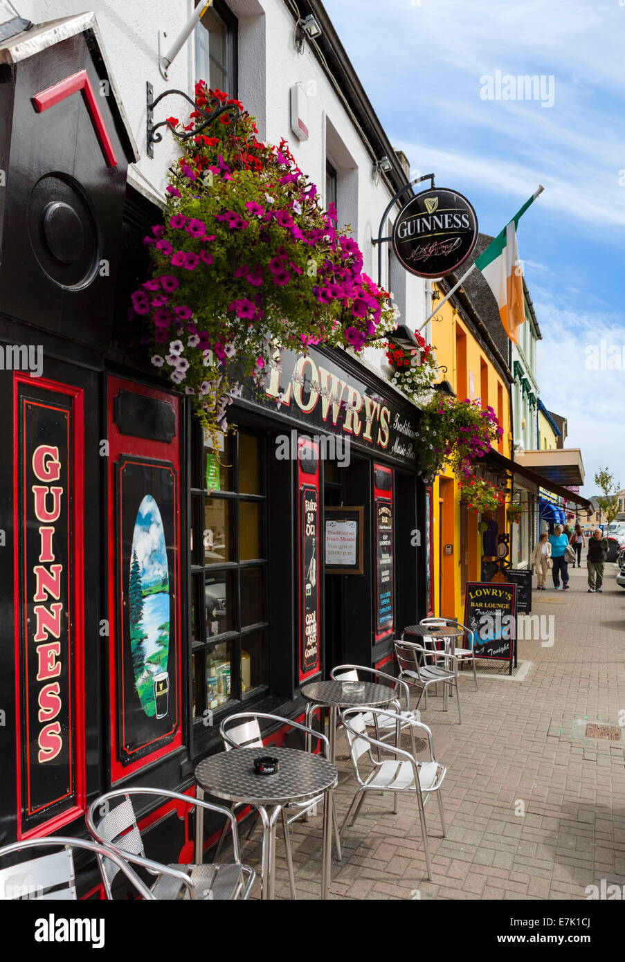 Shops and pubs on Market Street  in the town centre, Clifden, Connemara, County Galway, Republic of Ireland - Stock Image