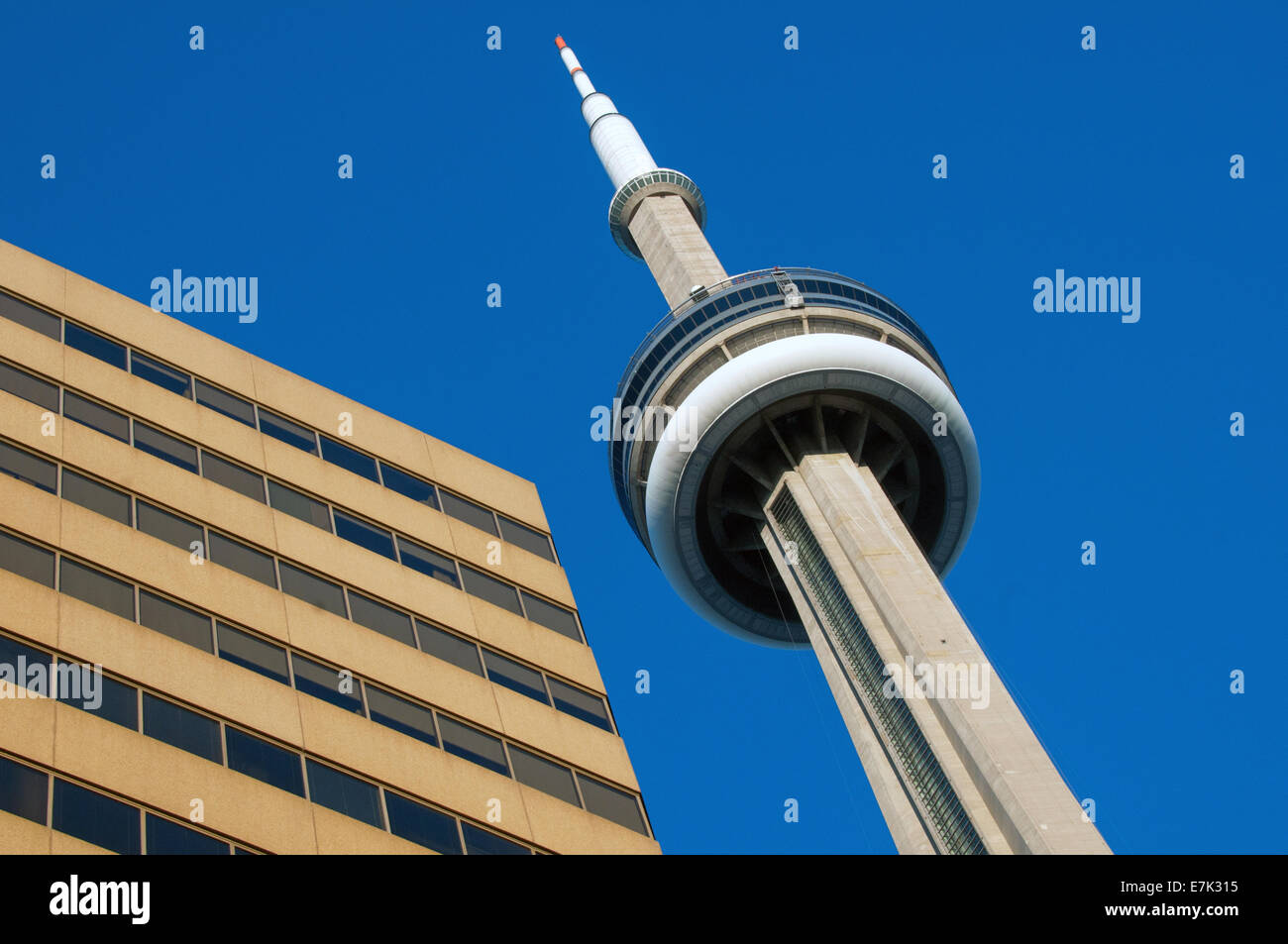 CN Tower downtown Toronto - Stock Image