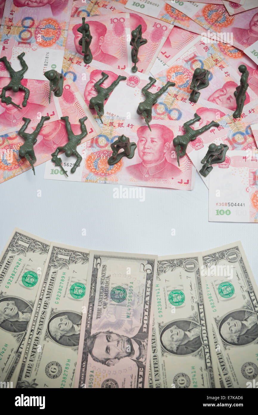 USA v China Renminbi Yuan money travel currency dollar, wealth - Stock Image