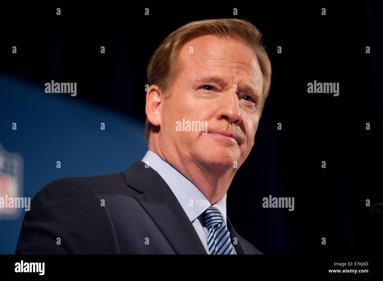 Manhattan, New York, USA. 19th Sep, 2014. NFL Commissioner ROGER GOODELL speaks at a press conference, Hilton Hotel, Stock Photo