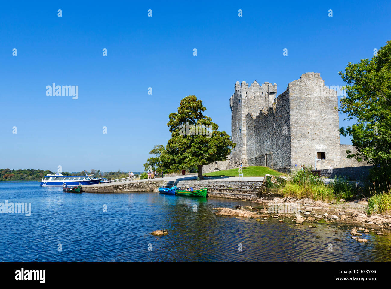 15thC Ross Castle on the shores of Lough Leane, Killarney National Park, County Kerry, Republic of Ireland - Stock Image