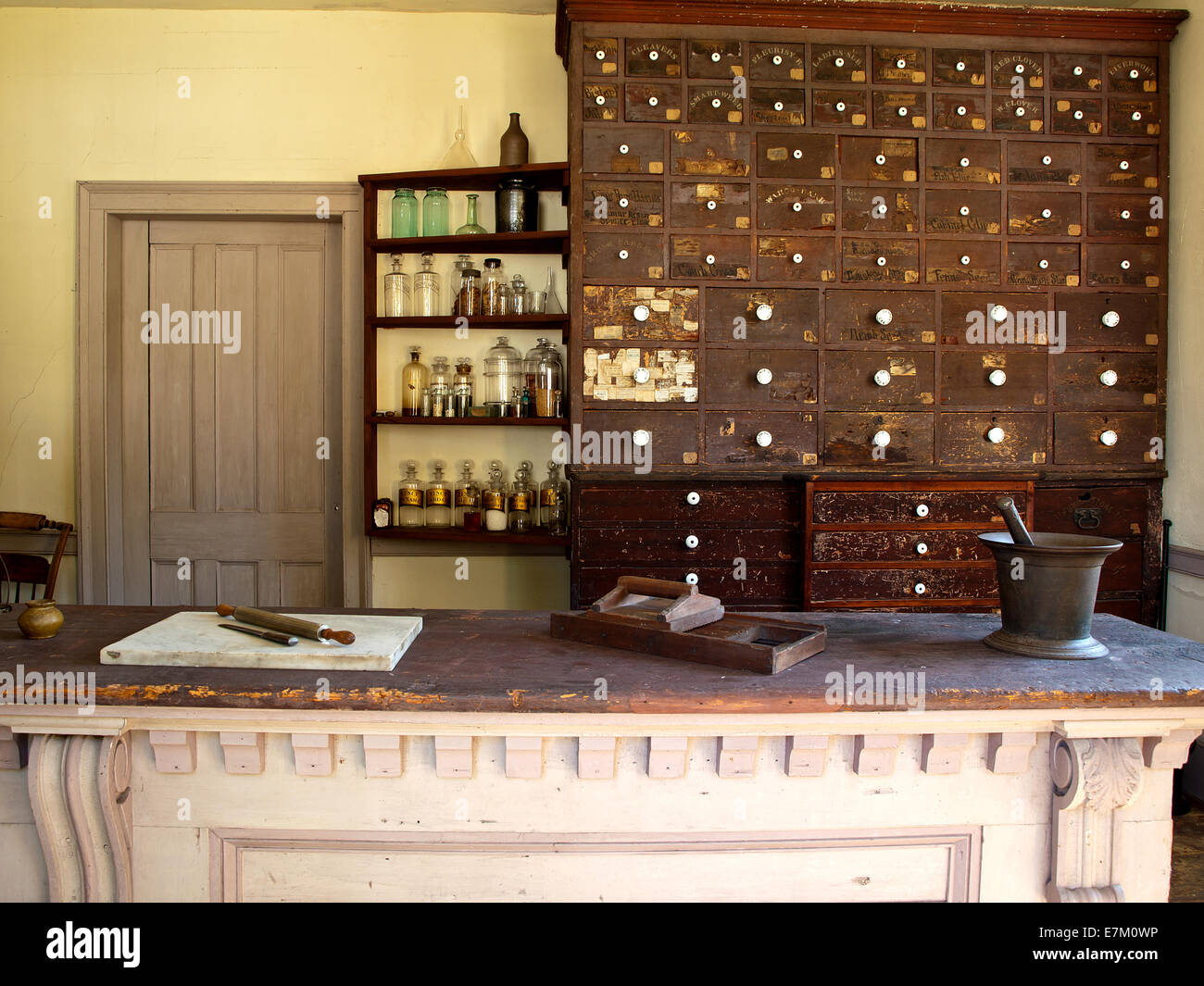 old time pharmacy and medicine shop - Stock Image