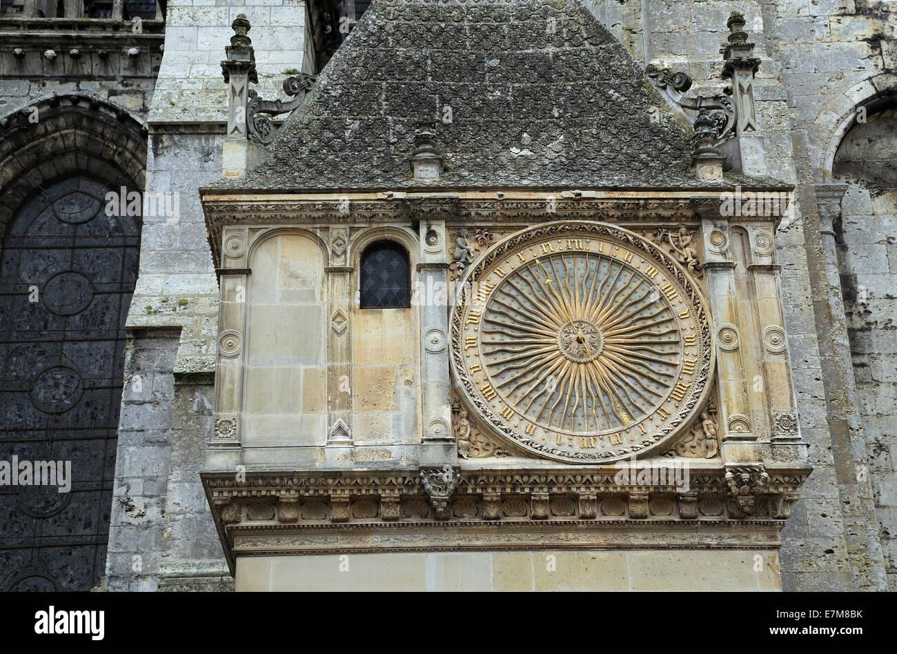 Horloge Exterieur (outside clock), Cloitre Notre Dame , Chartres, Eure et Loir, Centre, France - Stock Image
