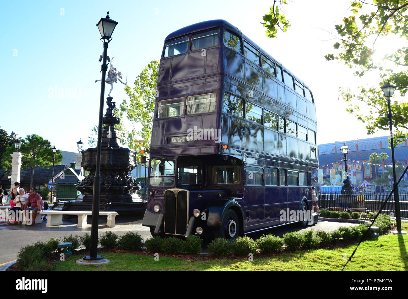 1103de333ef Knight Bus in Diagon Alley at the Wizarding World of Harry Potter  expansion