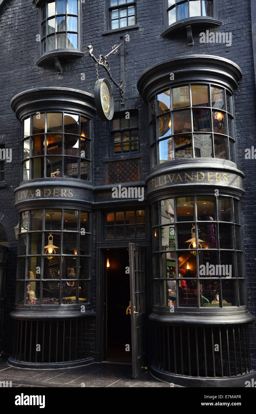 ollivanders in diagon alley at the wizarding world of harry potter stock photo 73591387 alamy. Black Bedroom Furniture Sets. Home Design Ideas