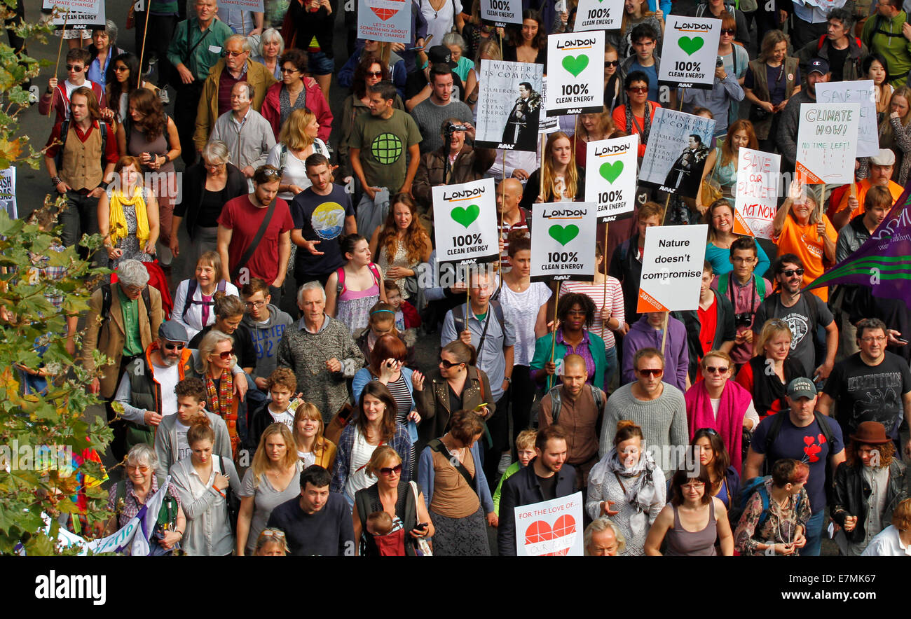 London, UK. 21st Sep, 2014. Climate March in London on Sunday 21 September 2014 from Temple to the Houses of Parliament, Stock Photo