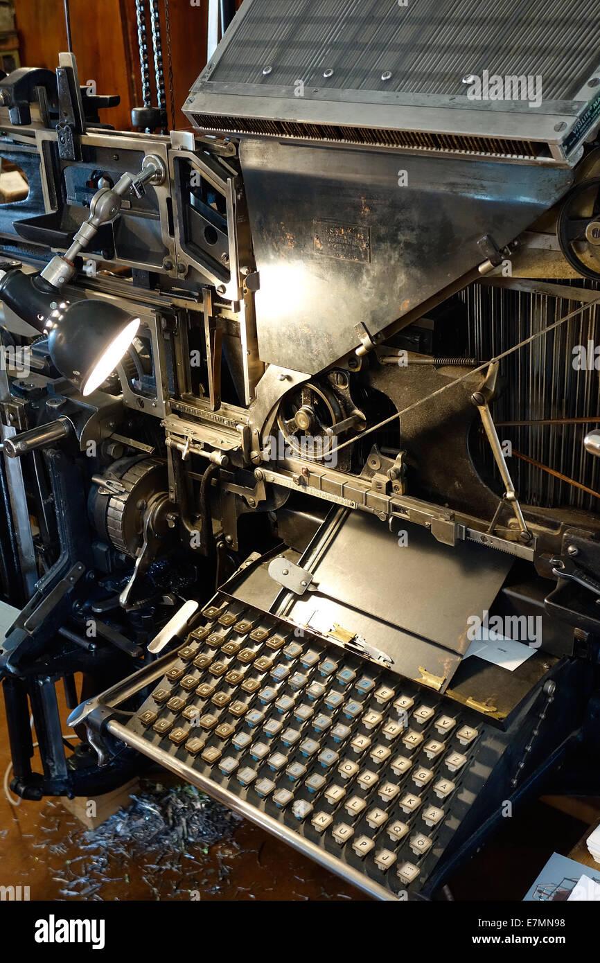 Typewriter Keyboard On Typesetting Machine Made by  Intertype Corporation, Brooklyn, N.Y.  Year  1916 - Stock Image