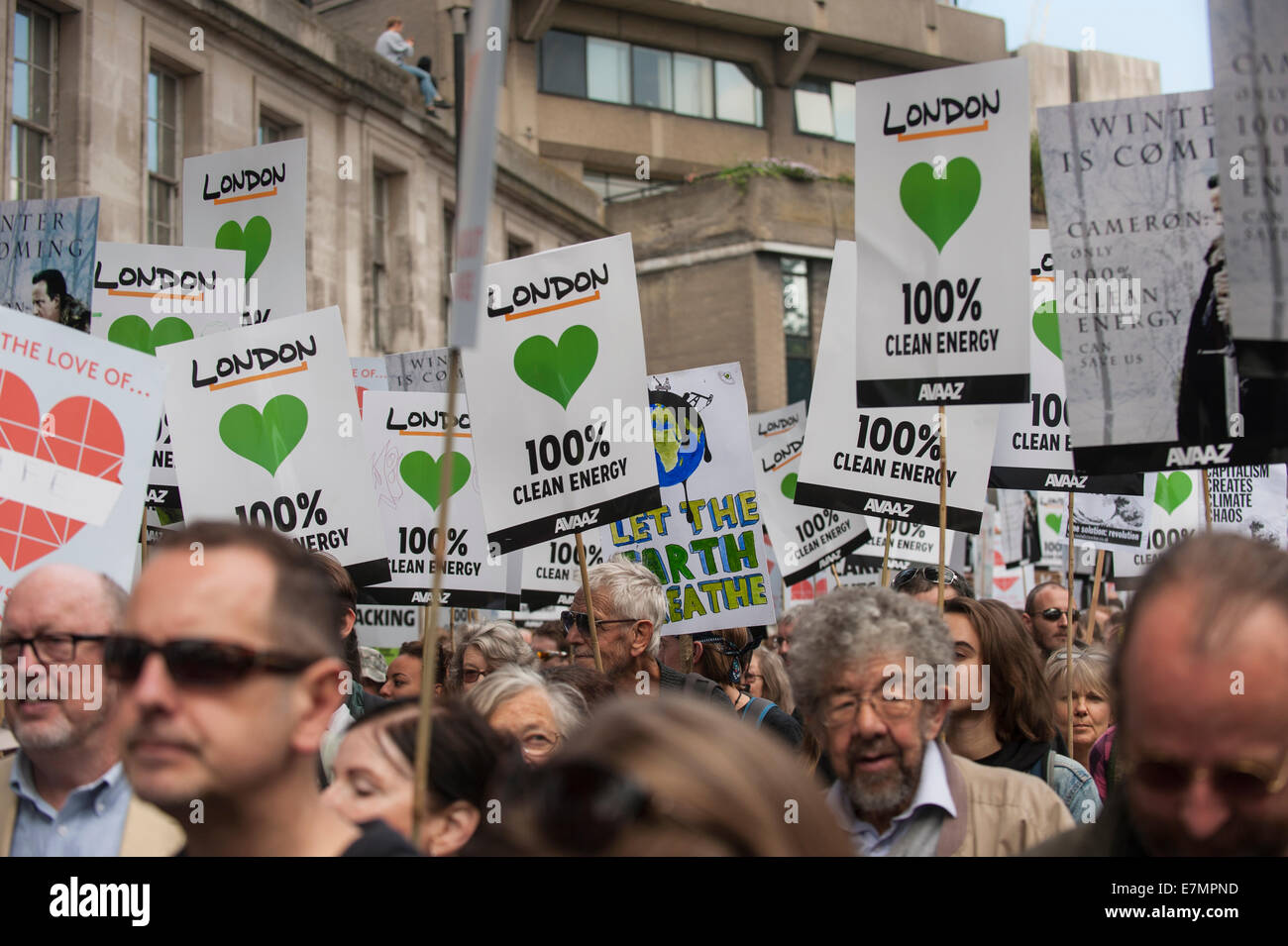 London, UK. 21st Sep, 2014. A forest of placards is held aloft at the Climate Change demonstration, London, 21st - Stock Image