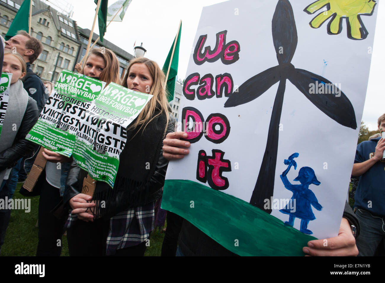 Oslo, Norway. 21st Sep, 2014. Signs read, 'Norway 100% renewable. History's largest and most important climate - Stock Image