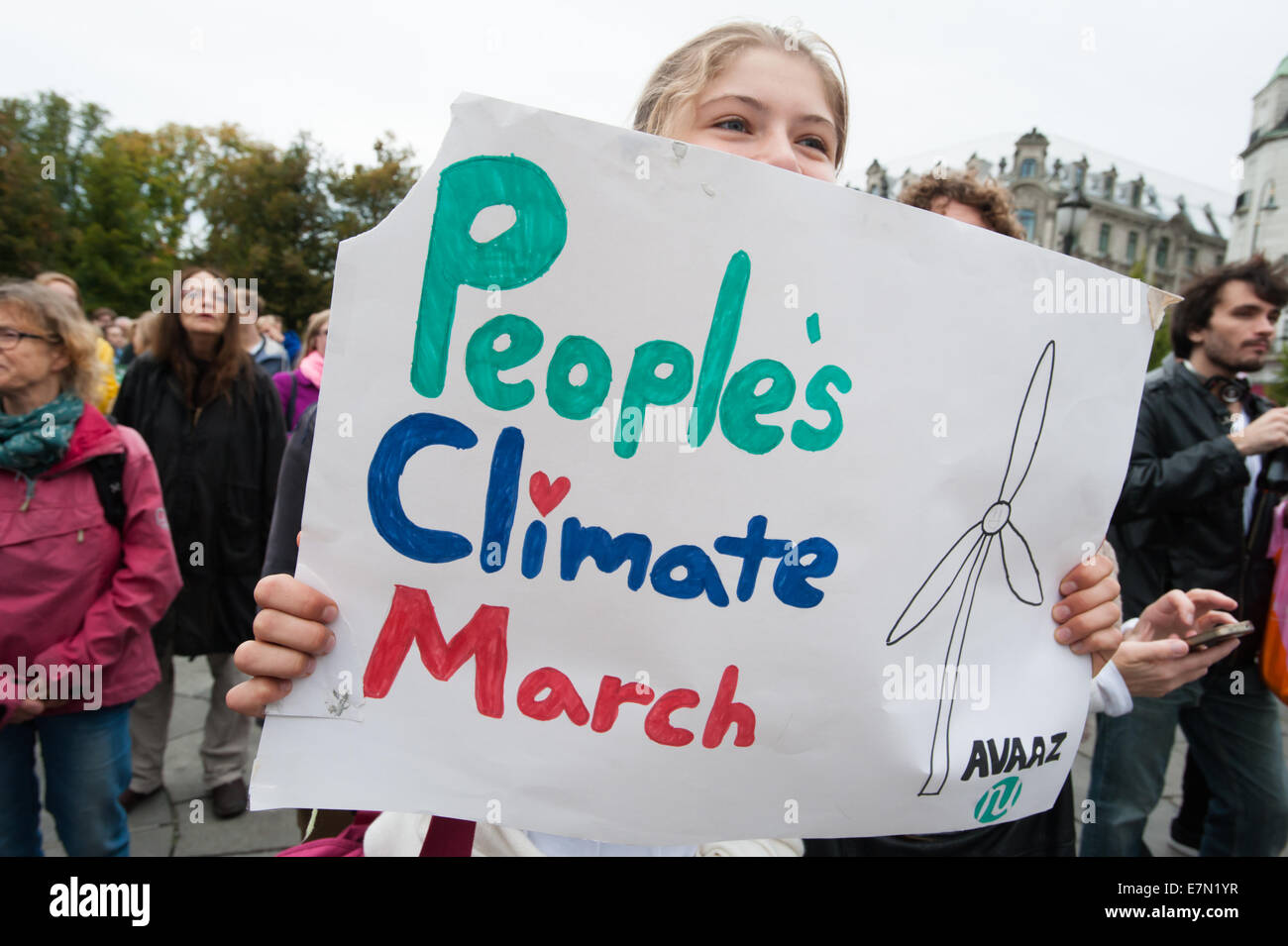 Oslo, Norway. 21st Sep, 2014. A sign reads, 'People's Climate March', as thousands march through central - Stock Image