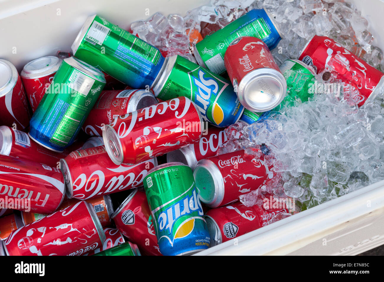 Coca-Cola and Sprite sodas in cooler - USA - Stock Image