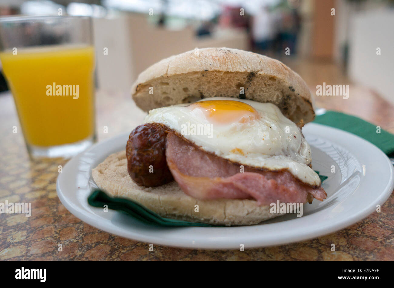 Sough dough roll, bacon & egg breakfast - Stock Image