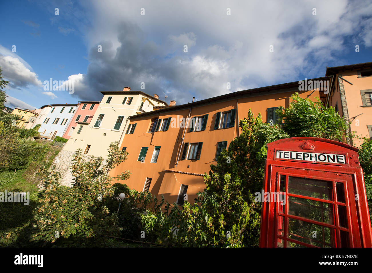 Red telephone box, Barga, Tuscany, Italy, holiday, weekend break - Stock Image