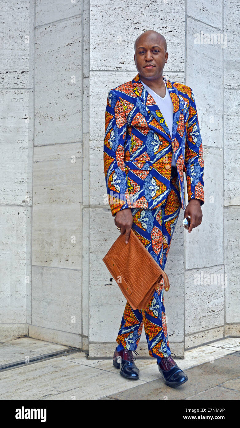 Dr. Courtney Hammonds, professor at the Art Institute of Atlanta in a suit inspired by Ghana fabrics - Stock Image