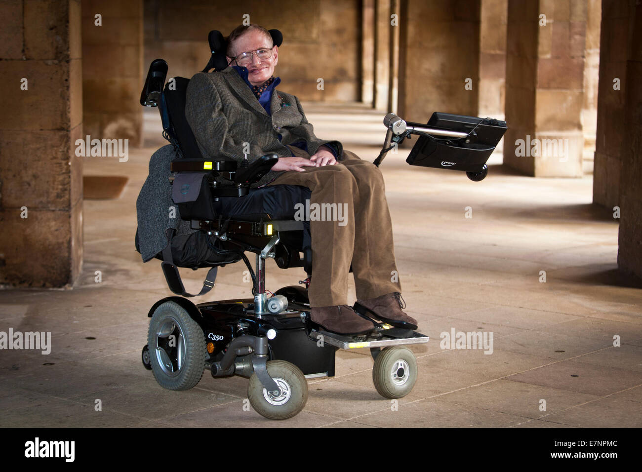 """Professor Stephen Hawking at the Premier of the biopic of his life, """"Hawking"""" Stock Photo"""