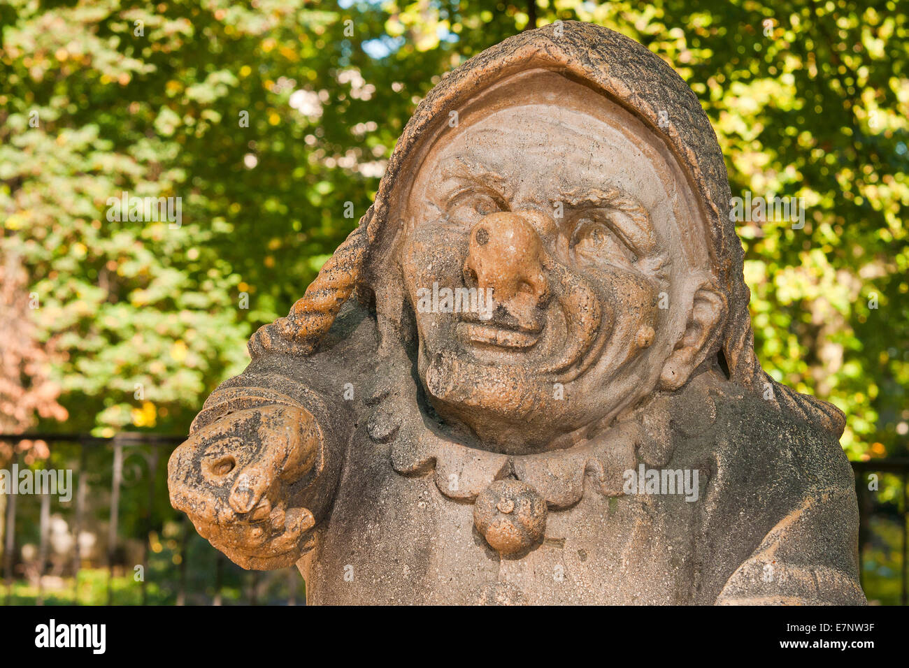 Midget Dwarf Stock Photos & Midget Dwarf Stock Images - Page 10 - Alamy