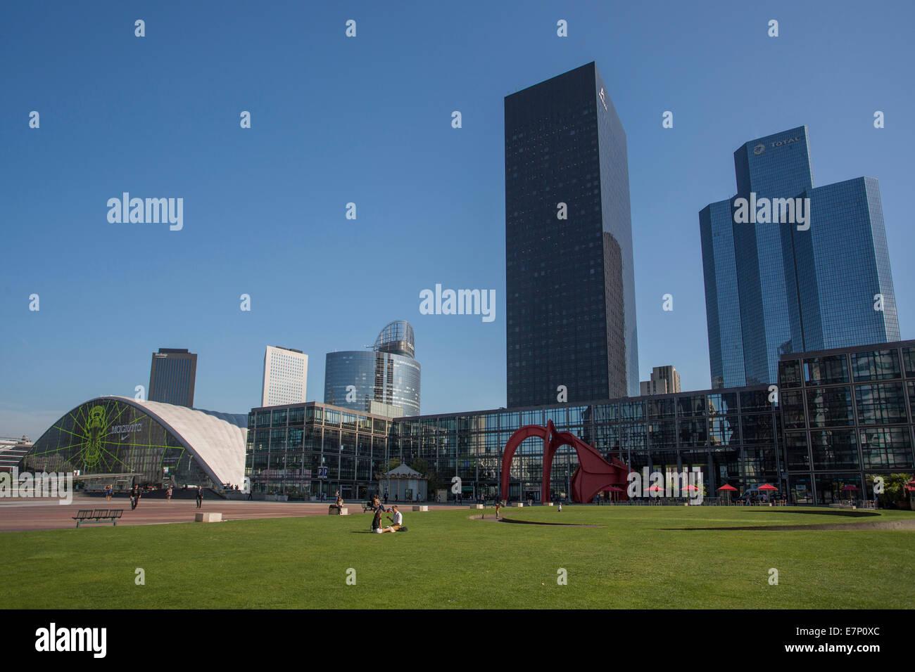 Defense, France, Europe, Paris, architecture, city, cityscape, pedestrians, skyline, touristic, urban, grass, place - Stock Image