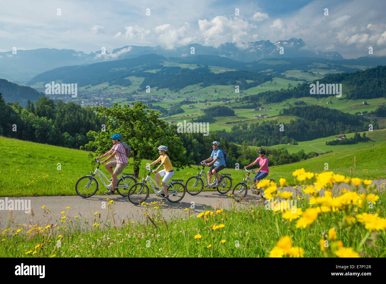 Heart route, biker, heart route, bicycle, bicycles, bike, riding a bicycle, canton, Appenzell, Innerroden, Flyer, - Stock Image