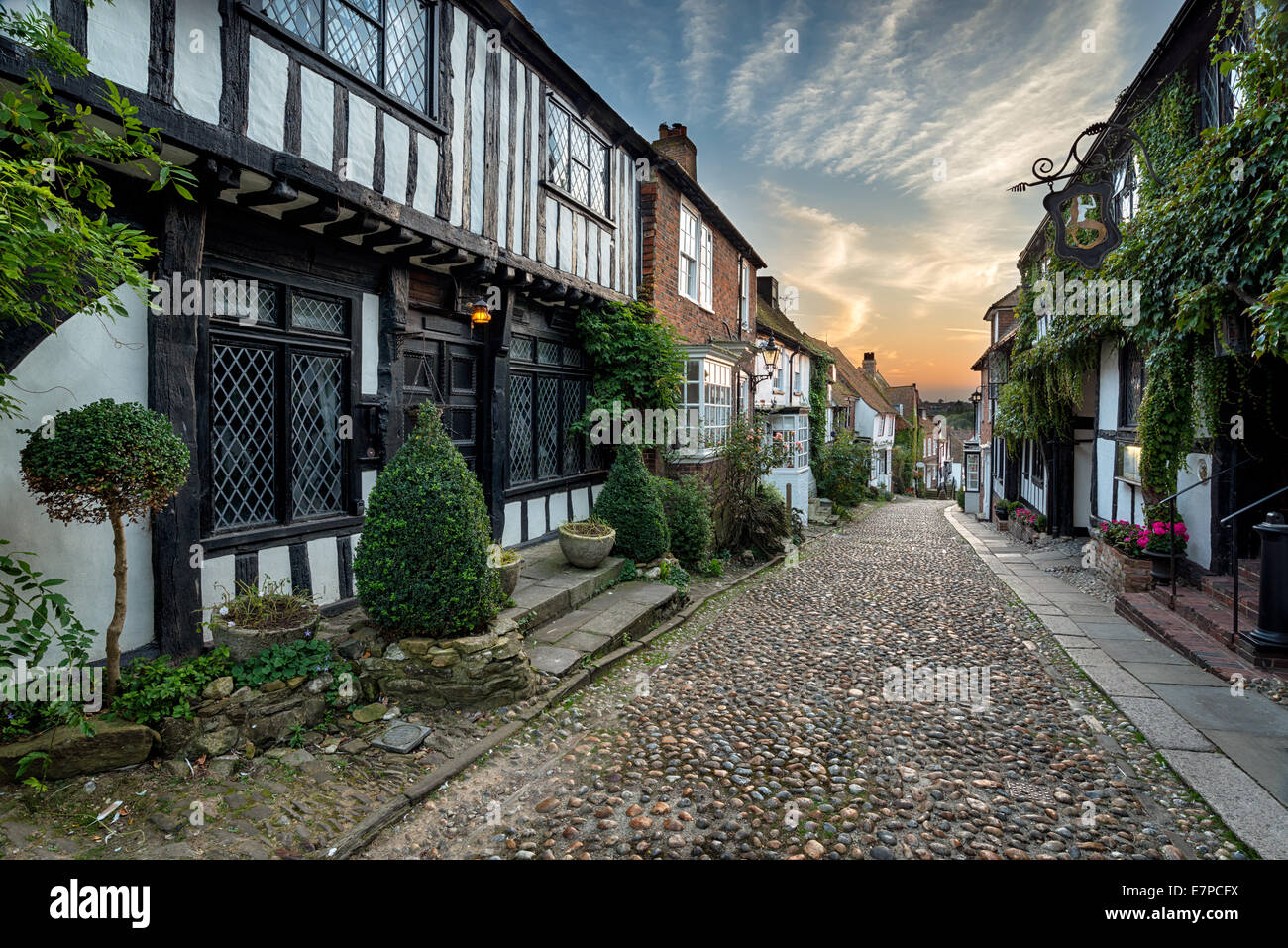 Beautiful tudor style half timbered houses lining a cobbled street in Rye, Sussex - Stock Image