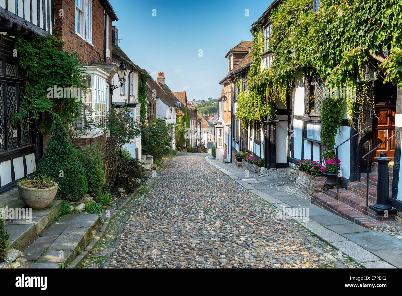Picturesque cobblestone street in Rye, East Sussex - Stock Image