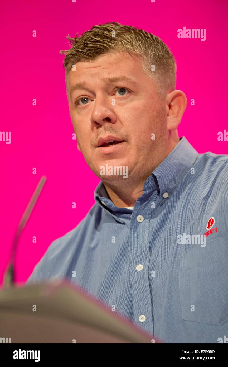 Manchester, UK. 22nd September, 2014. Jamie Bramwell of UCATT, addresses the auditorium on day two of the Labour - Stock Image