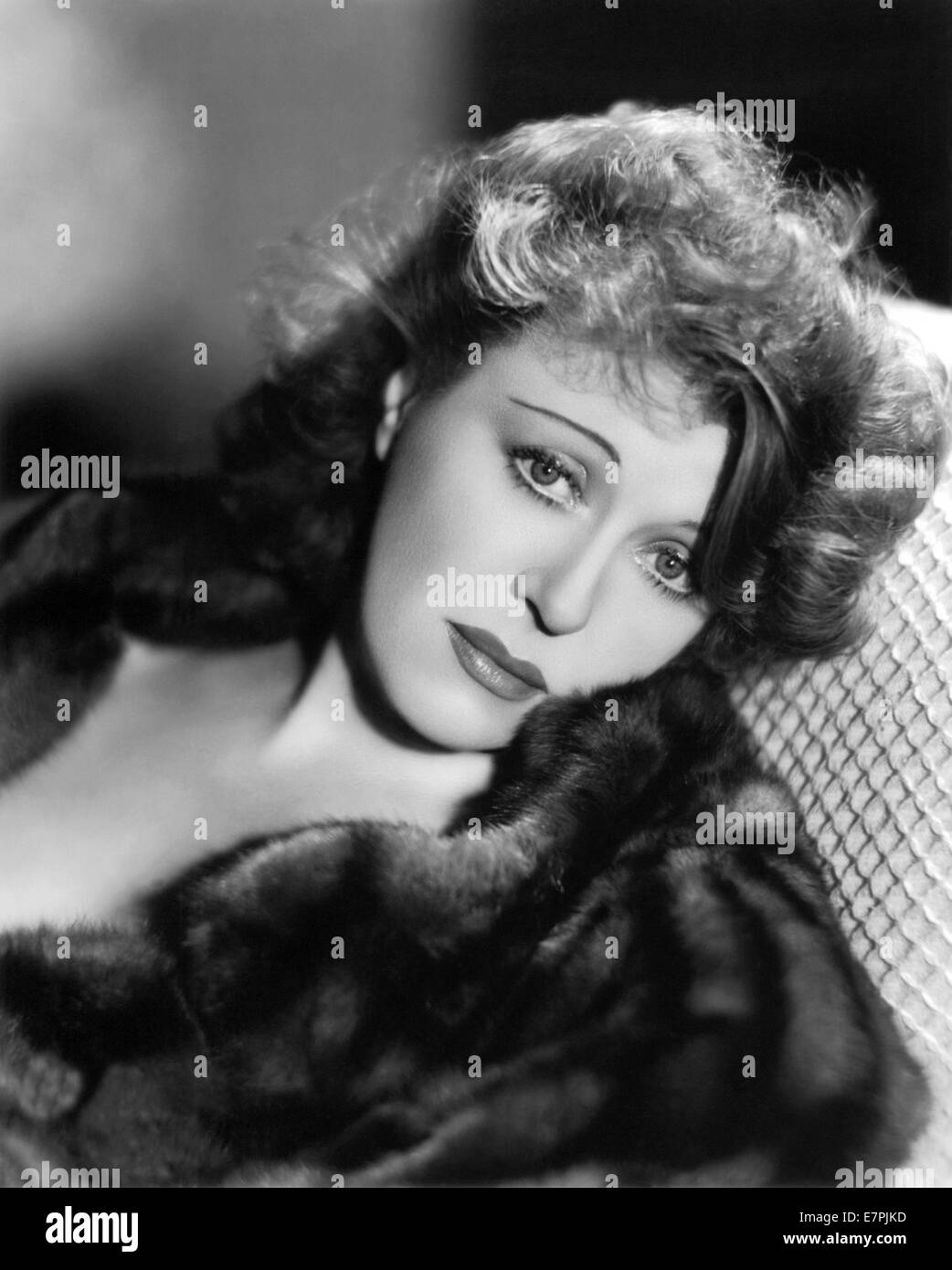 ruth-chatterton-1892-1961-us-film-actress-and-writer-E7PJKD.jpg
