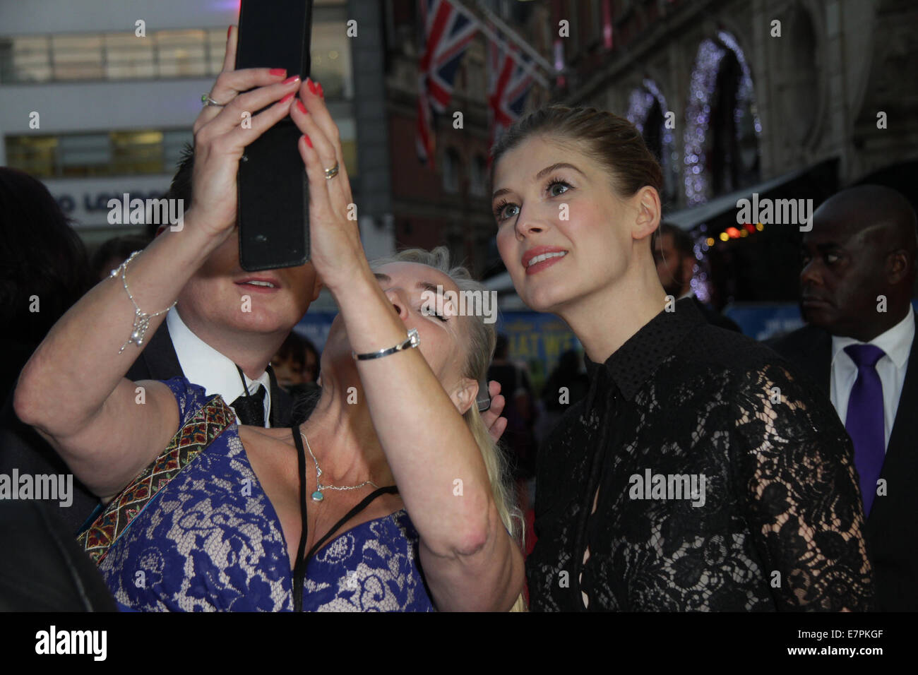 London, UK, 22nd September 2014: Rosamund Pike attends the What we did on our holiday film premiere at the Odeon - Stock Image