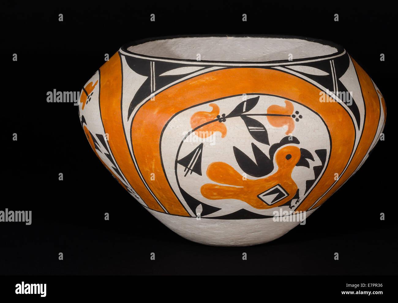 Pueblo Indian Pottery Stock Photos & Pueblo Indian Pottery