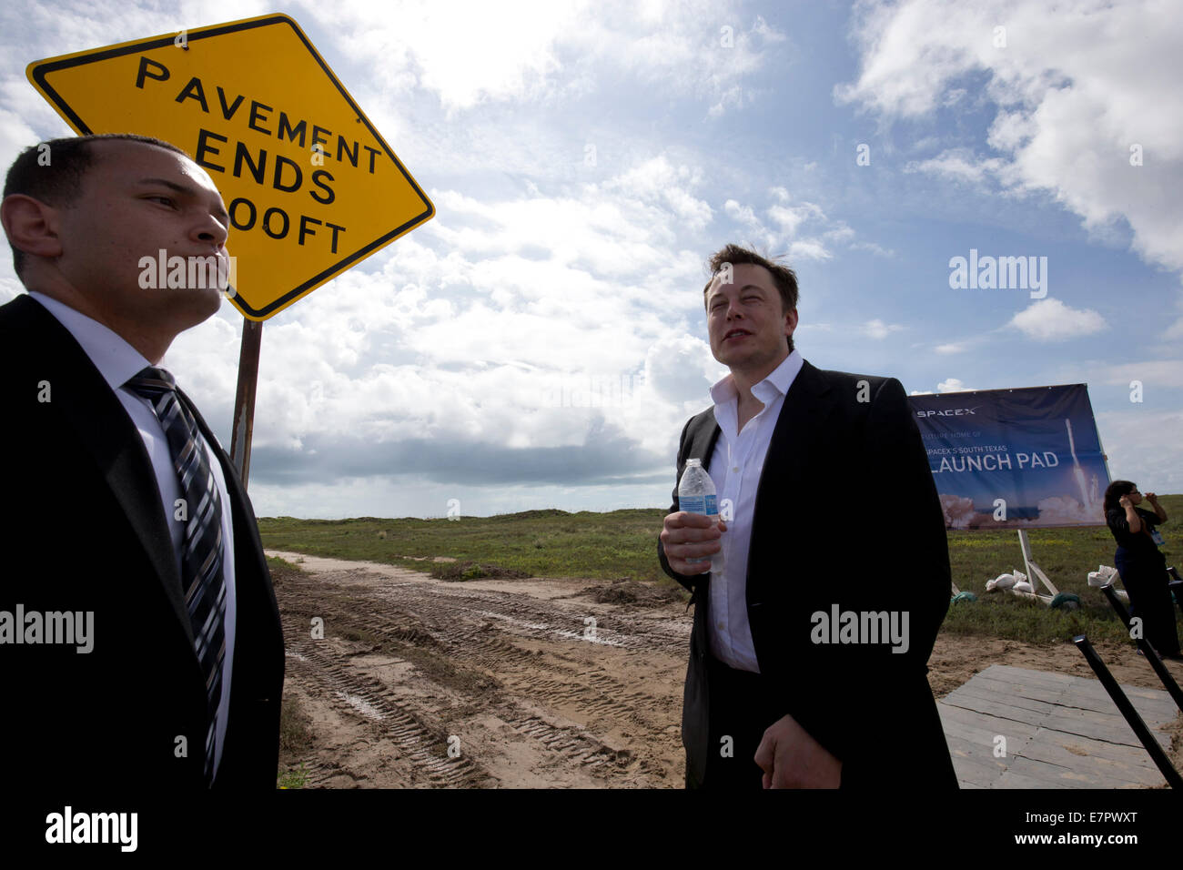 Boca Chica, Texas USA. 22nd Sep, 2014.  Elon Musk helps break ground on the Boca Chica, Texas site of its new space - Stock Image