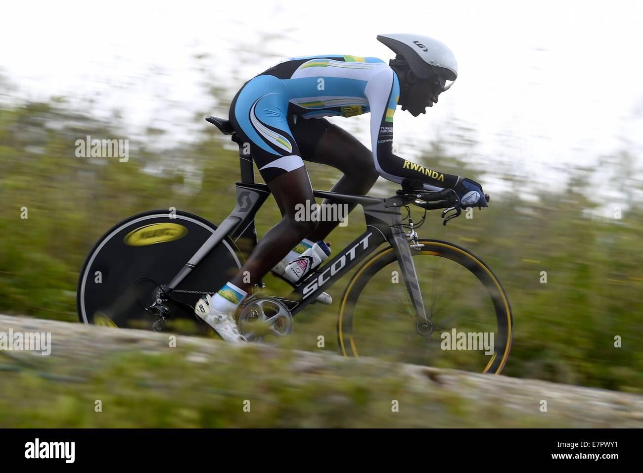 Ponferrada, Spain. 22nd Sep, 2014. UCI World Chanpionship Cycling tour. Valens Ndayisenga (RWD) © Action Plus - Stock Image