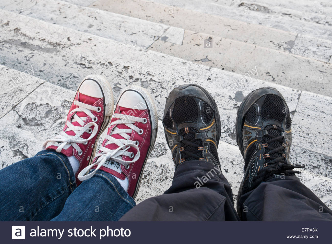 Newlyweds Sitting on The Spanish Steps, Rome, Italy - Stock Image