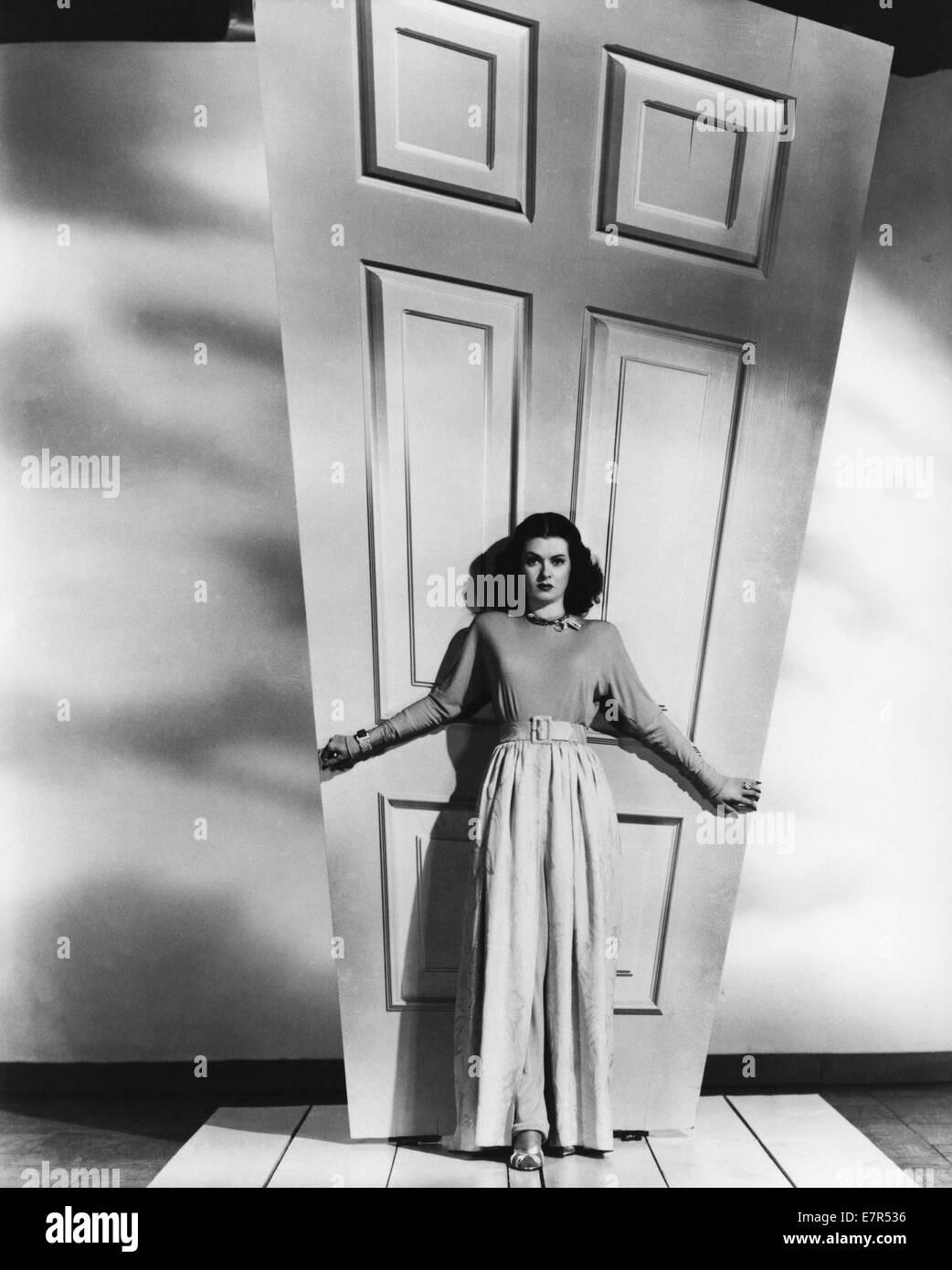 Secret Beyond The Door.Secret Beyond The Door Year 1948 Usa Director Fritz