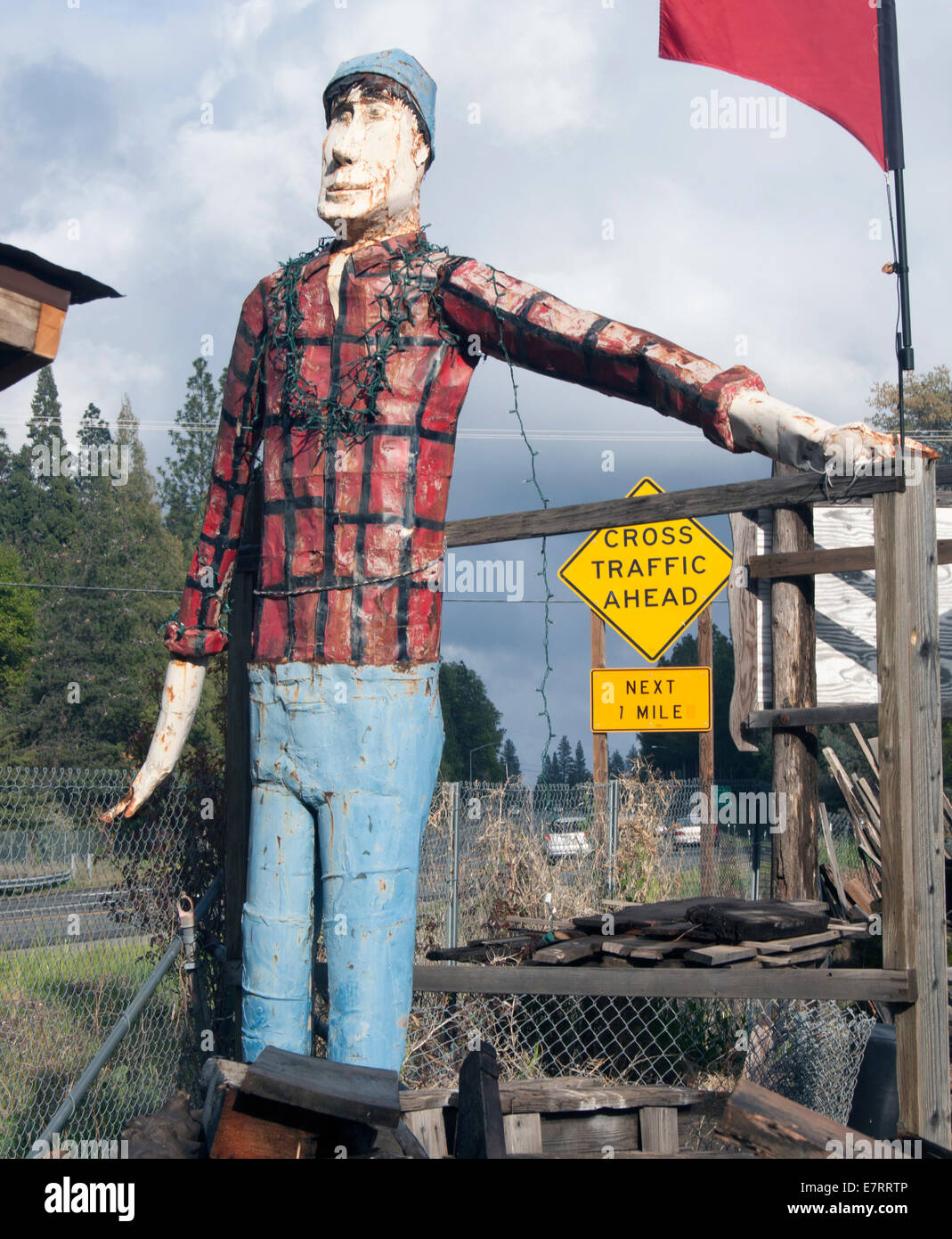 Lumberjack wood carving in Placerville California - Stock Image