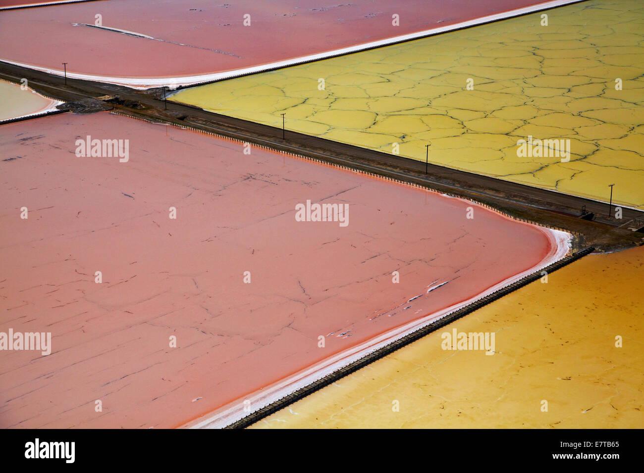 Colourful algae in salt evaporation ponds, Redwood City, San Francisco Bay, San Francisco, California, USA - aerial - Stock Image